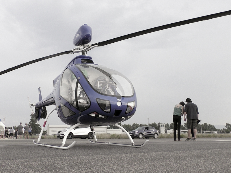 корпус вертолета из стеклопластика
