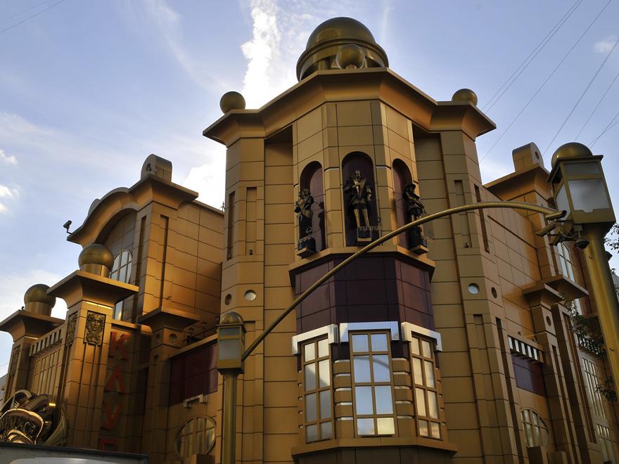 Декоративное оформление казино «Голден пэлас»
